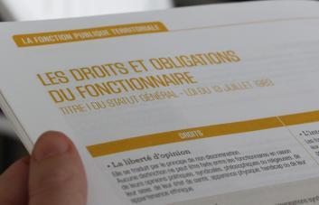 Texte sur les droits et les obligations des fonctionnaires