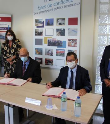Signature de la convention de partenariat entre le CDG31 et le FIPHFP